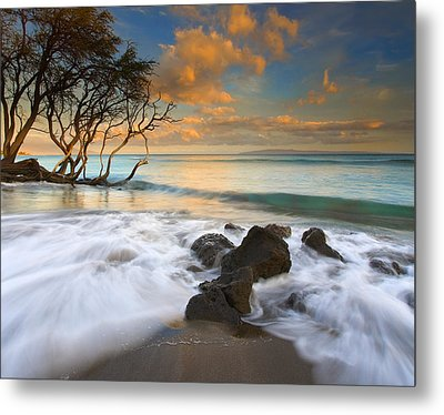 Sunset In Paradise Metal Print by Mike  Dawson