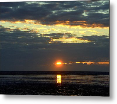 Sunset On A Cloudy Evening Metal Print