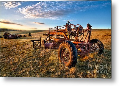 Sunset On The Farm In North Carolina I Metal Print by Dan Carmichael