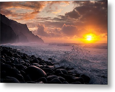 Sunset On The Kalalau Metal Print
