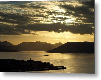 Sunset On The West Metal Print