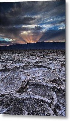 Sunset Over Badwater Metal Print by Andrew Soundarajan