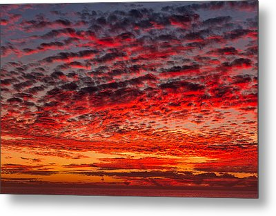 Sunset Over Saunder's Reef Metal Print
