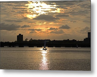 Sunset Over The Charles River Metal Print by Toby McGuire