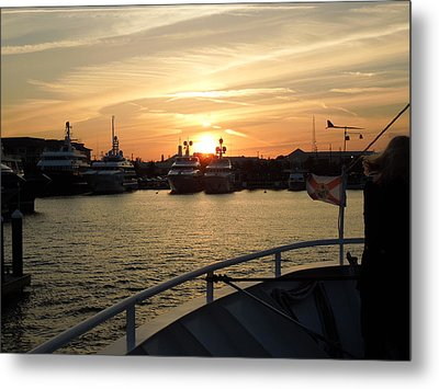 Metal Print featuring the photograph Sunset Over The Marina by Ron Davidson