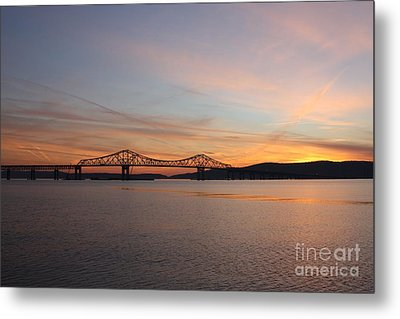 Sunset Over The Tappan Zee Bridge Metal Print by John Telfer