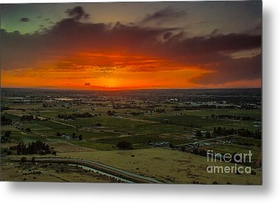Sunset Over The Valley Metal Print by Robert Bales