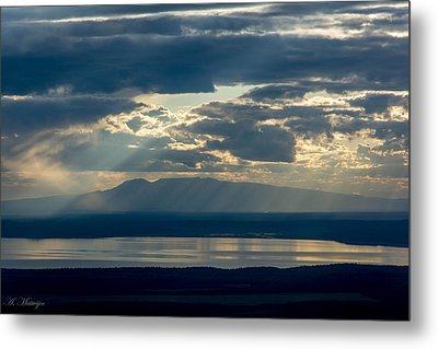 Sunset Rays Over Mount Susitna Metal Print