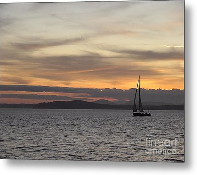 Metal Print featuring the photograph Sunset Sail In Seattle by Laura  Wong-Rose