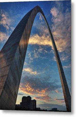 Sunset Under The Gateway Arch 001 Metal Print by Lance Vaughn