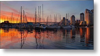 Metal Print featuring the photograph Sunset View From Charleson Park In Vancouver Bc by JPLDesigns
