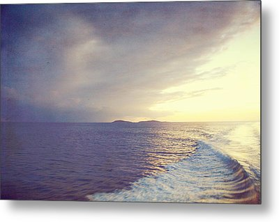 Sunset Wake Metal Print by Heather Green