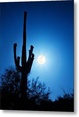 Super Full Moon With Saguaro Cactus In Phoenix Arizona Metal Print by Susan Schmitz