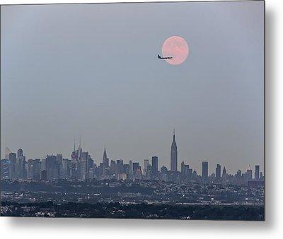 Super Moon Over New York City Metal Print