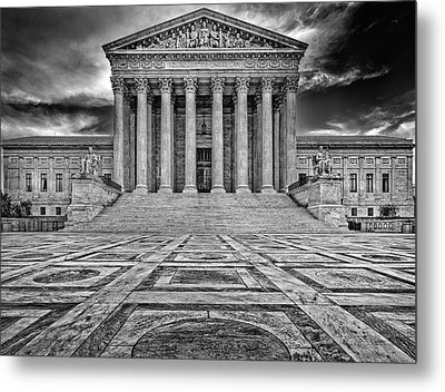 Metal Print featuring the photograph Supreme Court by Peter Lakomy