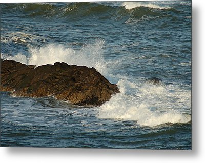 Metal Print featuring the photograph Surf And Rocks by Ron Roberts