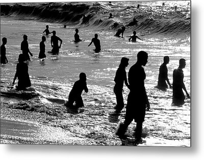 Surf Swimmers Metal Print by Sean Davey
