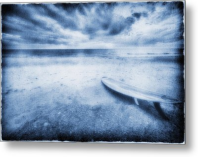 Surfboard On The Beach Metal Print by Skip Nall