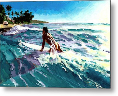 Surfer Coming In Metal Print by Douglas Simonson