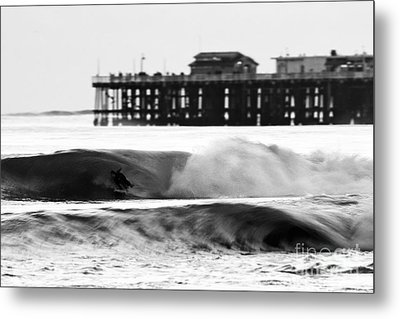 Surfer In Motion Metal Print by Paul Topp