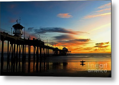 Surfer Watching The Sunset Metal Print by Peter Dang