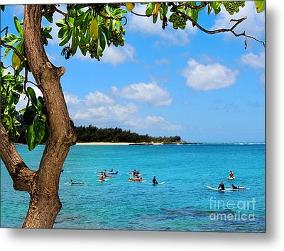 Metal Print featuring the photograph Surfers In Paradise by Kristine Merc