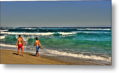 Metal Print featuring the photograph Surfers by Julis Simo