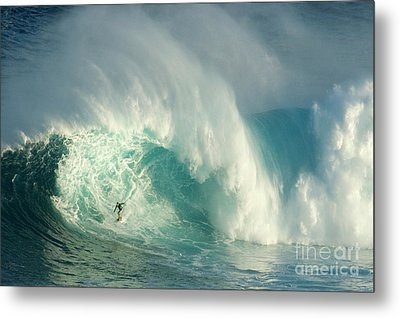 Surfing Jaws 3 Metal Print