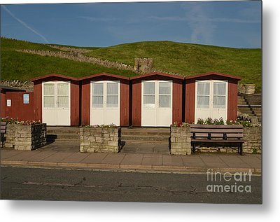 Swanage Beach Huts Metal Print by Linsey Williams