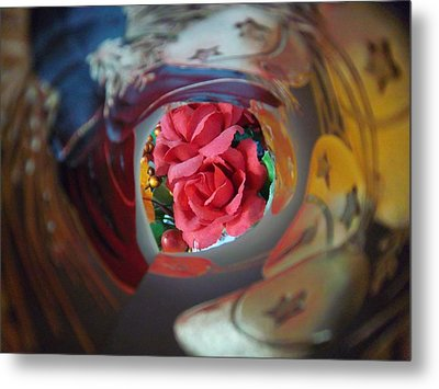 Swirl Metal Print by Rosalie Klidies