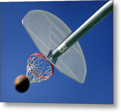 Swish  Metal Print by David and Carol Kelly