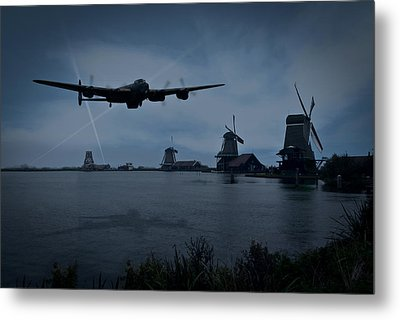 Dambusters Lancaster T For Tommy En Route To The Sorpe Metal Print by Gary Eason