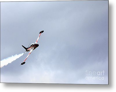 T33 Shooting Star Metal Print by Ules Barnwell