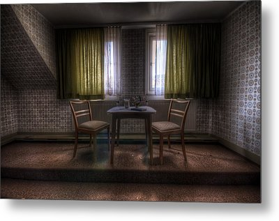Table For Two Metal Print by Nathan Wright