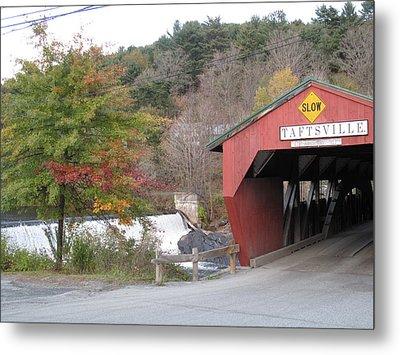 Taftsville Covered Bridge Vermont Metal Print by Barbara McDevitt
