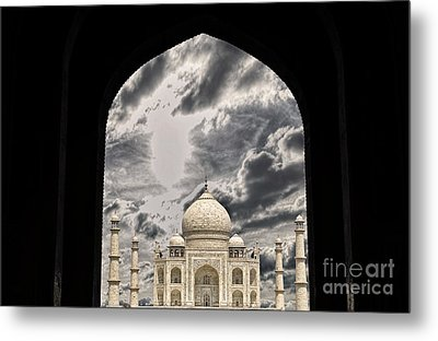 Taj Mahal -a Monument Of Love Metal Print by Vineesh Edakkara