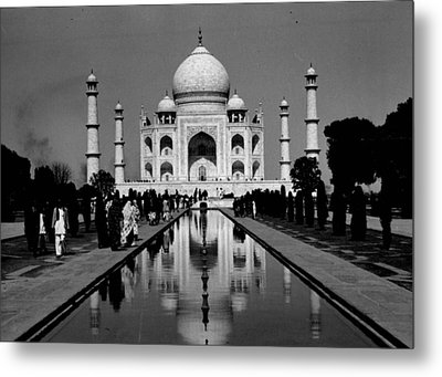 Taj Mahal View From The Front Metal Print by Retro Images Archive