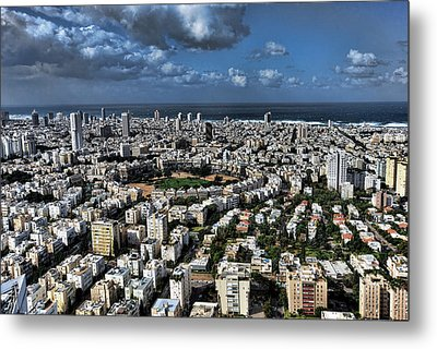 Metal Print featuring the photograph Tel Aviv Center by Ron Shoshani