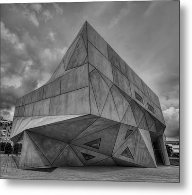Metal Print featuring the photograph Tel Aviv Museum  by Ron Shoshani