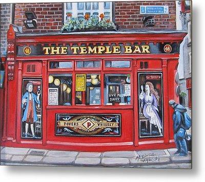 Temple Bar Dublin Ireland Metal Print by Melinda Saminski