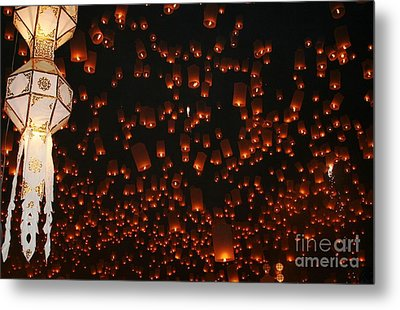 Metal Print featuring the photograph Ten Thousand Lantern Launch by Nola Lee Kelsey