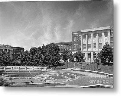 Tennessee State University Averitte Amphitheater Metal Print by University Icons