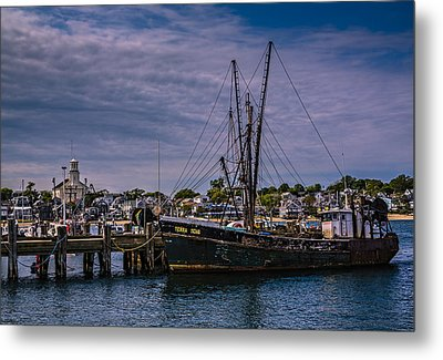 Terra Nova Fishing Trolley Metal Print by Susan Candelario