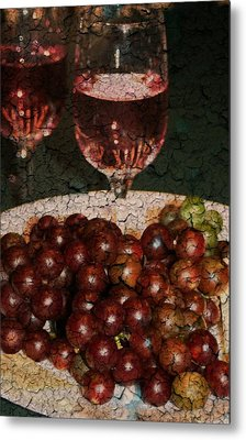 Textured Grapes Metal Print by Barbara S Nickerson