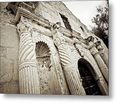 The Alamo Metal Print by Linda Unger