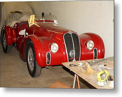 The Alfa Romeo Garage 5d25291 Metal Print by Wingsdomain Art and Photography