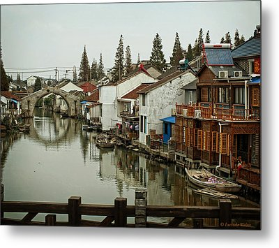 Metal Print featuring the photograph The Asian Venice  by Lucinda Walter