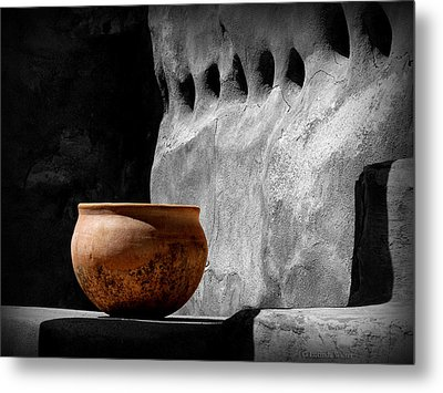 Metal Print featuring the photograph The Bowl by Lucinda Walter