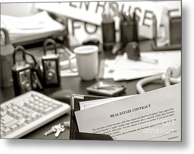 The Busy Realtor  Metal Print by Olivier Le Queinec