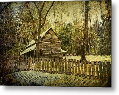 The Carter Shields Cabin In Cades Cove In The Smokey Mountains Metal Print by Randall Nyhof